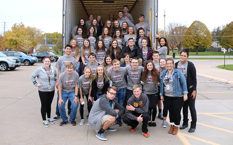 Merveilleux BHS Student Hunger Drive Donates 41,188lbs Of Food