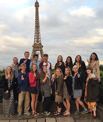 BHS Students in France 2016