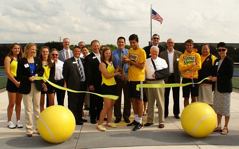 BHSRibbonCutting2017 800.jpg