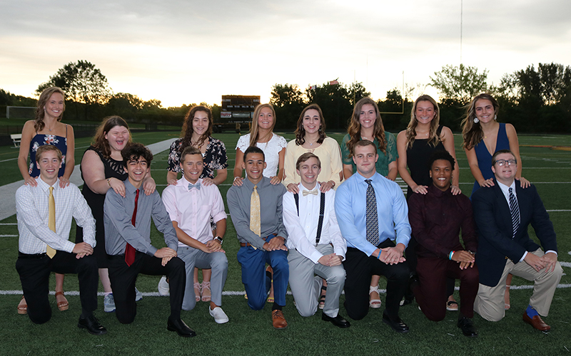 Homecoming_Court_2019_800.jpg
