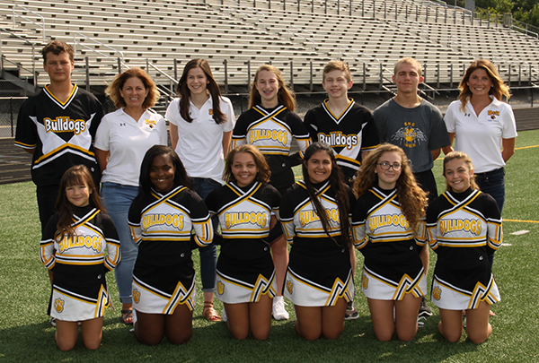 JV_Cheerleaders_-_gold_Squad_600.jpg